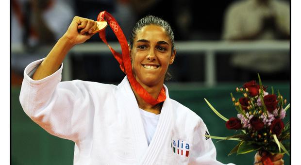 Giulia Quintavalle con l'oro di Pechino