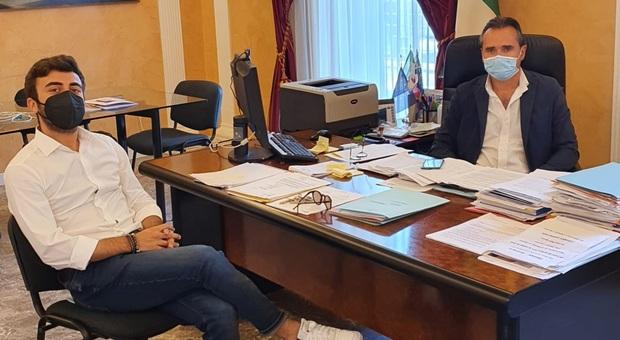 Il sindaco Loira con il nuovo assessore De Luna