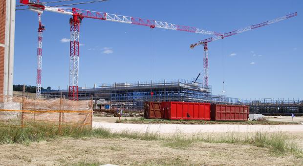 Prende forma la struttura: già pronti due blocchi del nuovo ospedale di Campiglione