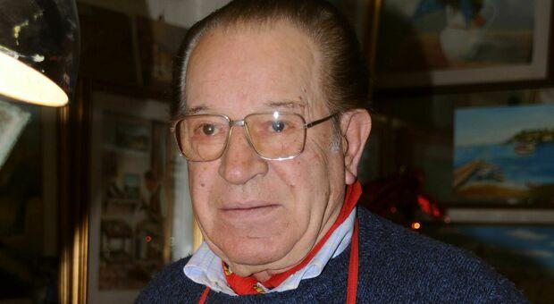 Addio a Gino Straccia, il calzolaio amato dalla gente: nel pomeriggio l'ultimo saluto