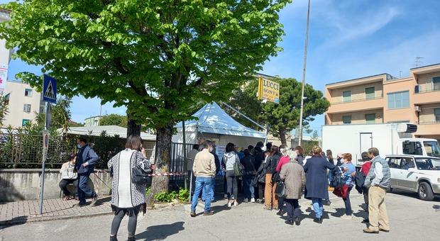 Il centro vaccinale anti Covid di Fermo