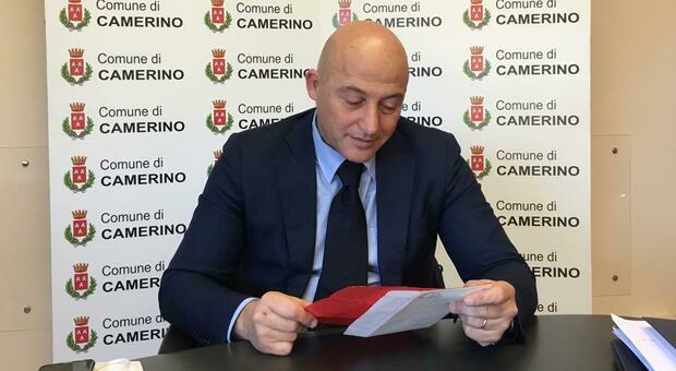 Il sindaco di Camerino Sandro Sborgia