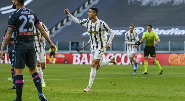 Juve-Napoli 2-1: Ronaldo e Dybala lanciano Pirlo, a Gattuso non basta Insigne
