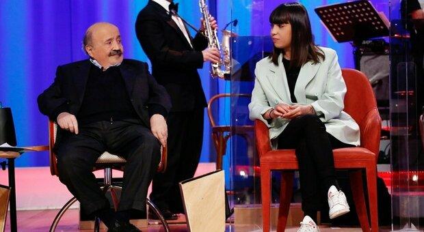 Al Costanzo Show ospite Malika Chalhy, la ragazza cacciata di casa perchè gay: «Ai miei genitori dico: fatevi aiutare»
