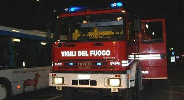 Rimini, morta una donna di 37 anni in un incendio di un residence