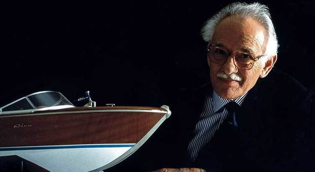 Morto Carlo Riva, genio della nautica: i suoi motoscafi un'icona mondiale