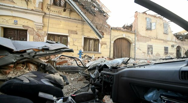 Terremoto Croazia, nuove forti scosse all'alba: paura anche in Italia