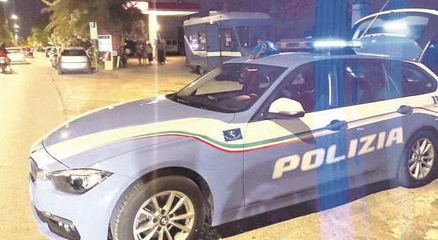 Grottammare, scoperto magazzino della droga: arrestato con 7 chili di hashish nascosti in cucina