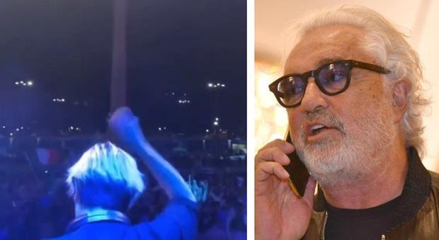 Flavio Briatore attacca: «Feste, balli e assembramenti nelle piazze mentre il mondo delle discoteche attende risposte dal governo»