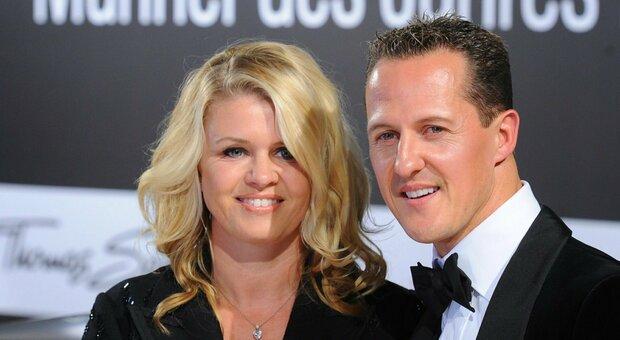 La moglie di Schumacher: «Michael ci ha sempre protetti, ora noi proteggiamo lui»
