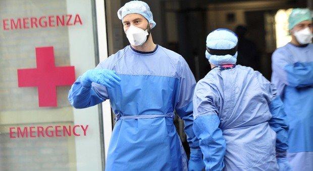 Ascoli, allarme rosso Covid nel Piceno: una morte sospetta, 16 positivi e un contagio in un asilo: «Più infetti che a marzo»