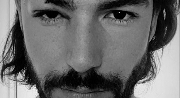 Ignazio Moser si mostra sul social dopo l'incidente durante una partita di padel (Instagram)
