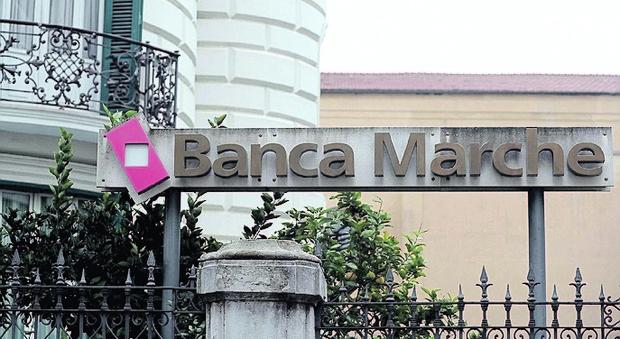 La Consob: «Banca Marche, azionisti beffati possono rivalersi su Ubi»