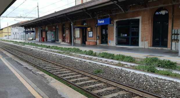 Trenitalia, sciopero del personale mobile della direzione regionale Marche. Disagi nel fine settimana: ecco in quali ore