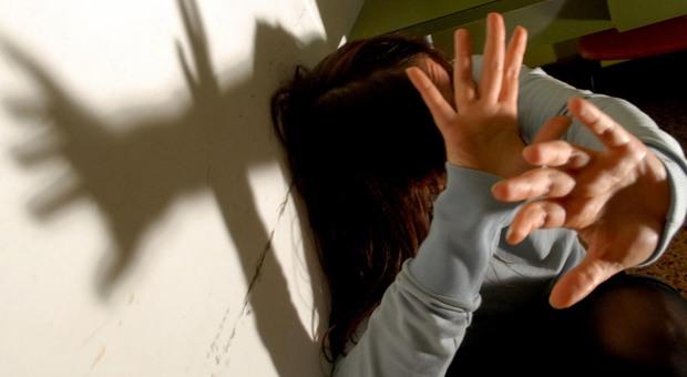 L ex partner diventa un nemico violento. L amore malato: il dramma di 43 donne