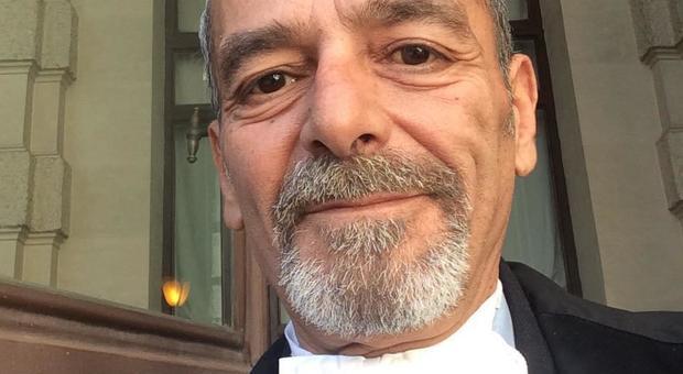 Addio a Stefano Drago, l'avvocato aveva 56 anni. La città gelata dalla notizia