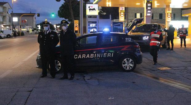 Dirotta un bonifico da 8mila euro per una casa, donna denunciata dai carabinieri per la truffa sulla rete