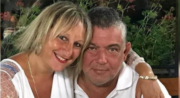 Femminicidio, ammazza la moglie a coltellate durante una lite a Cosenza: Silvia Lattari e Giuseppe Servidio avevano due figli