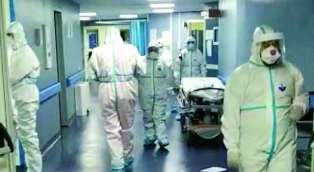 All'ospedale di Torrette è stato sospeso un altro Oss no vax