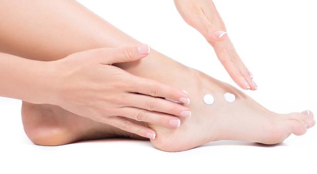La cura del piede non ha solo valore estetico: serve infatti a garantire la funzionalità di una parte del corpo fondamentale per il benessere della persona