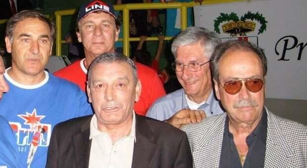 Carlo Rinaldi a destra, con Gigi Riva