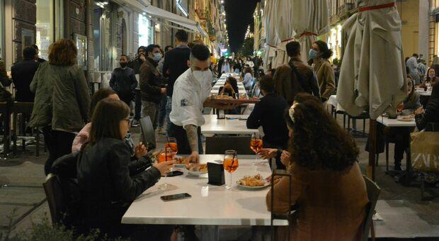 Italia a colori, Marche in bilico: tre varianti del Covid trovate tra i positivi spingono verso la zona arancione