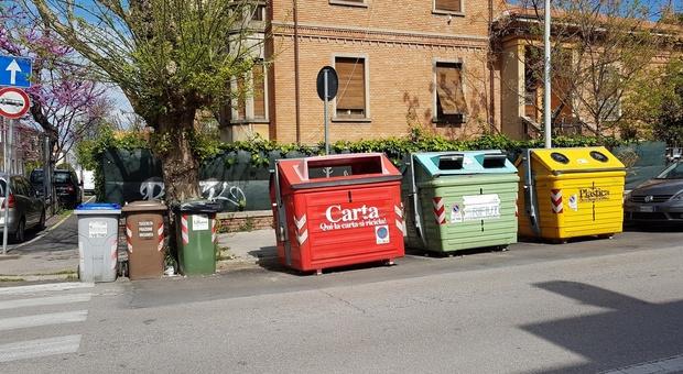 Il sistema stradale di raccolta differenziata dei rifiuti