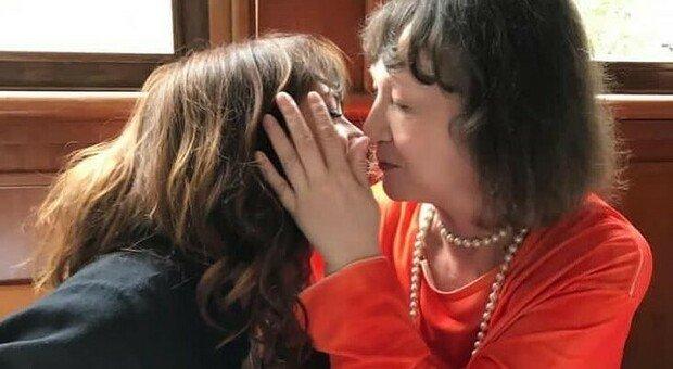 Asia Argento ricorda Daria Nicolodi: «Chi ha la mamma non trema e io non riesco a smettere di tremare»