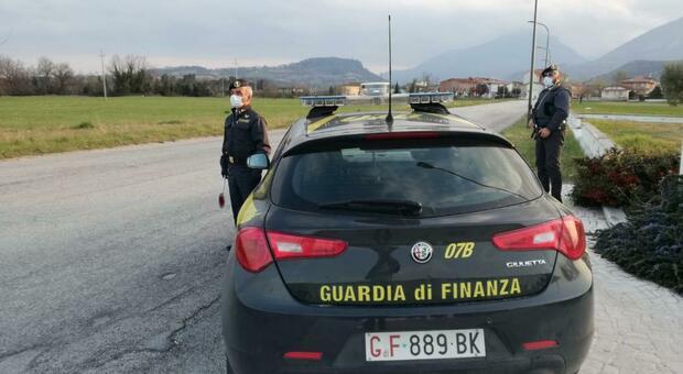 Associazione per delinquere nel traffico di rifiuti: raffica di arresti tra Marche e Abruzzo. Sequestri milionari