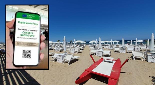 Pesaro, Green pass e seconde dosi di vaccino ai turisti: «Gravi ritardi, giugno ormai è bruciato»