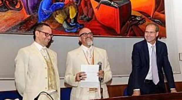 Il tribunale di Pesaro ordina la cancellazione delle nozze gay