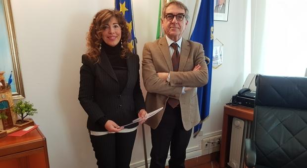 Il sindaco Stefania Signorini con il direttore generale di Arpam Giancarlo Marchetti