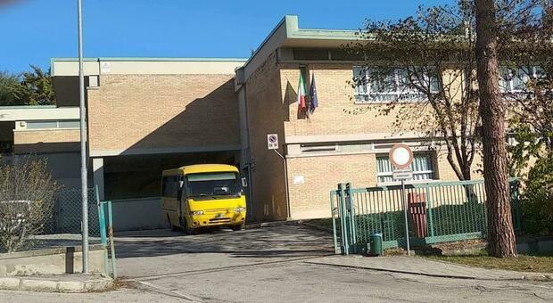 La scuola De Amicis a Santa Maria Nuova