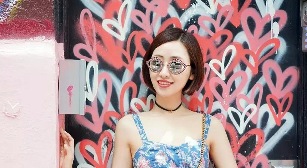 Becky Li, l'influencer asiatica che ha venduto 100 Mini Cooper online in soli 4 minuti