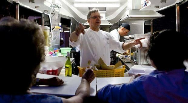 Effetto Covid, lo chef Uliassi: «Trattoria o 3 stelle Michelin lo stop and go è un disastro. E senza cena io tengo chiuso»