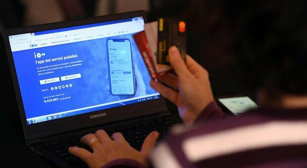 Cashback, controlli anti-furbetti: dovranno giustificare le microtransazioni sull'app Io