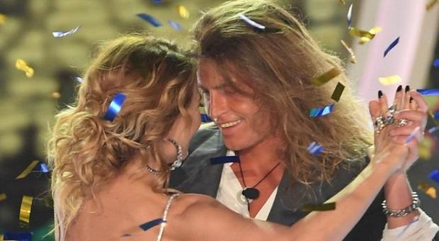 Albero Mezzetti a cena con Barbara D'Urso: «Abbiamo mangiato dallo stesso piatto, a fine serata un bacio»