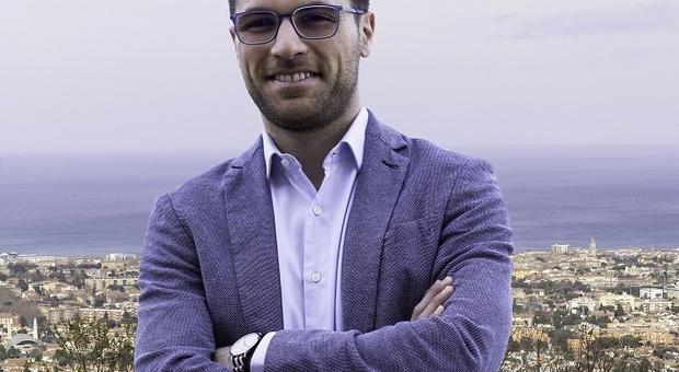 Il consigliere regionale di Fano Luca Serfilippi