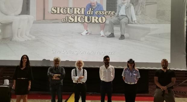 Truffe, l impennata con l'emergenza Covid: sos anziani, Carlo Pagnini testimonial