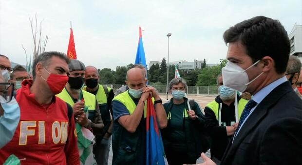 Fim, Fiom e Uilm non cedono a Elica e alzano la voce: «Deve mantenere il lavoro in Italia»