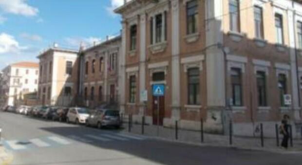 De Amicis, classi-cantiere da settembre: gli alunni traslocano in altri tre edifici. Ecco cosa succederà