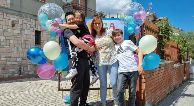 Anita Bartolomei con i genitori e il fratello