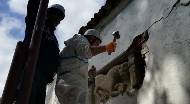 Ascoli, il commissario per il terremoto Legnini apre i cordoni della borsa: pioggia di milioni per le chiese