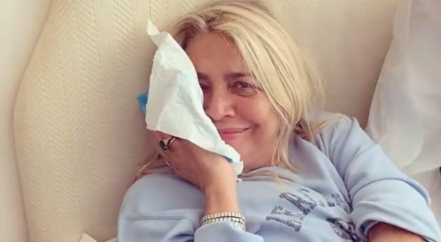 Mara Venier, ecco come sta la conduttrice di Domenica In dopo l'operazione? In rete giallo social
