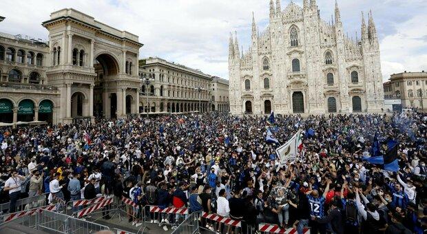 Inter campione d'Italia: lo scudetto torna a Milano. Il trionfo di Conte, la bandiera bianconera con l'anima interista