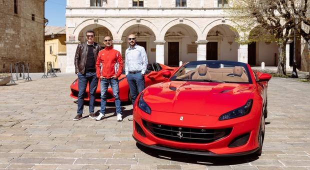 Sette giorni in Ferrari per scoprire gli angoli delle Marche del lusso: supercar e alloggi in dimore esclusive
