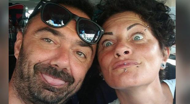 Uccide la compagna a coltellate e chiama i carabinieri, choc a Grosseto