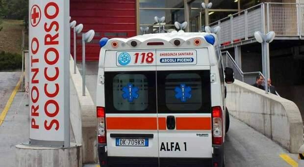 L'ingresso del pronto soccorso dell'ospedale di Torrette