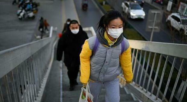 Covid, la Cina torna in lockdown: mezzo milione chiusi in casa