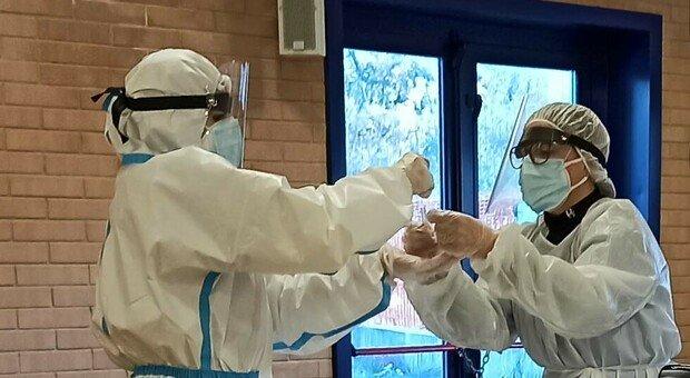 Coronavirus, altri 467 nuovi positivi nelle Marche in un giorno (più 80 ai test rapidi)